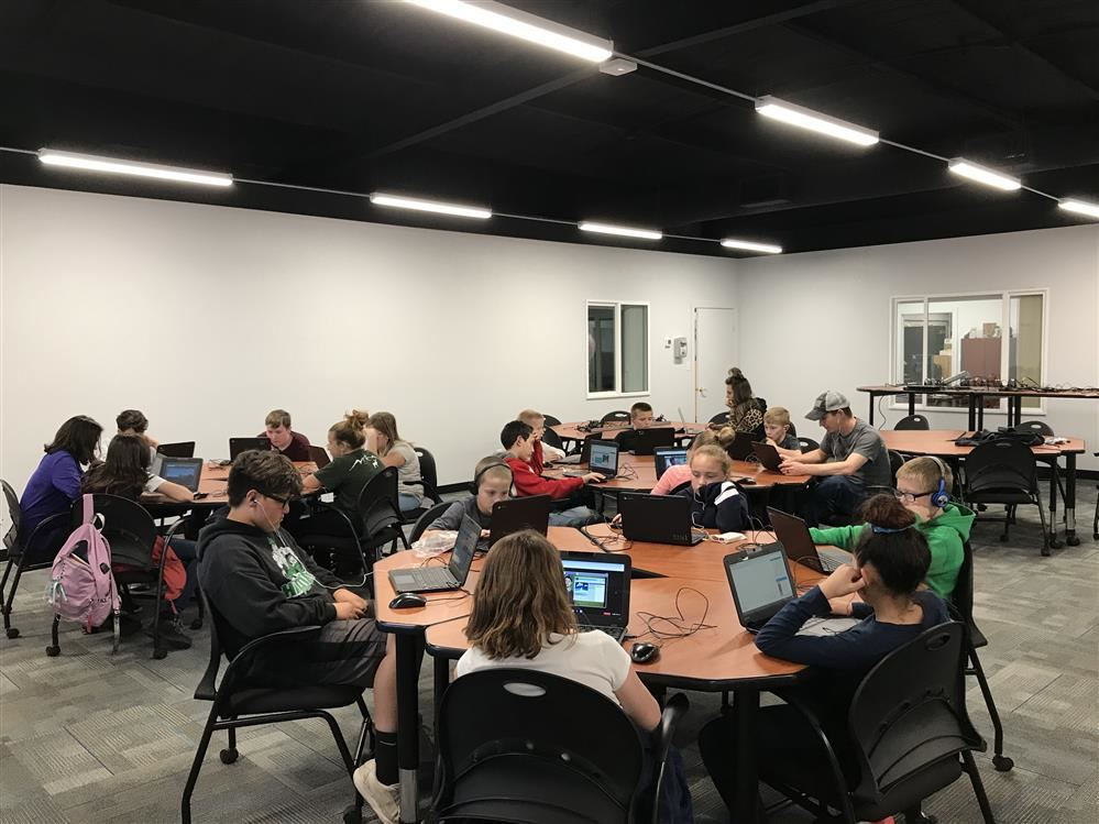 SUSD hour of code event